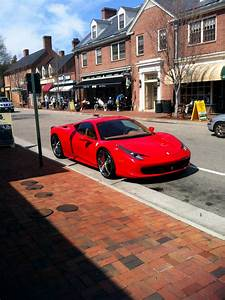 Ferrari 4 Place : spotted colonial williamsburg is not a natural place for a ferrari 458 business insider ~ Medecine-chirurgie-esthetiques.com Avis de Voitures