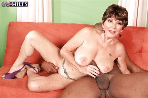 Fuck Bea Cummins – One Of Them Mature Interracial Hooters
