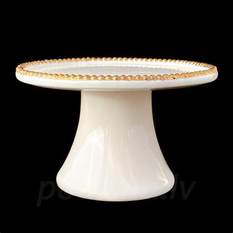 Saldumu trauciņš ar zelta vai platīna krellītēm - Šķīvji ...