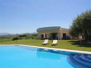 Moderne Häuser Mit Pool : villa fortun e sizilien mit privatem pool und meerblick firma ferienhaus sizilien herr ~ Markanthonyermac.com Haus und Dekorationen