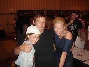 Madison Lintz, Norman Reedus & Laurie Holden, The Walking ...