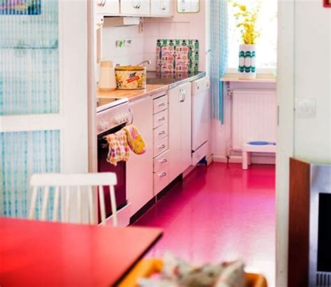 Hot Pink Kitchen  Oh, Decor