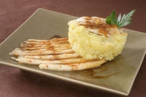 comment cuisiner des pommes de terre comment cuisiner aile de raie