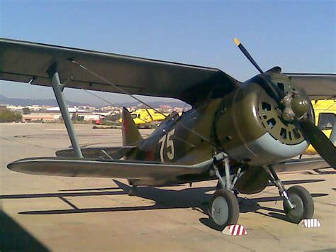 Polikarpov I-153 Chaika.jpg