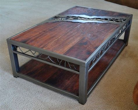 Couchtisch Stahl Holz wood and metal coffee table with distressed top coffee