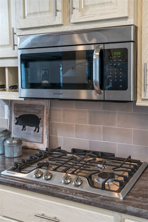 ceramic tile for kitchen backsplash ceramic tile backsplash colony homes 8103