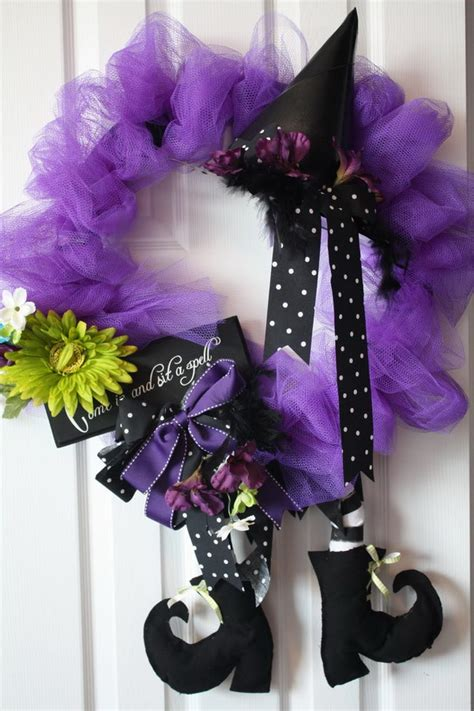 fun  creative diy halloween witch wreath ideas