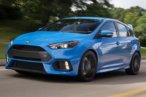 2016 Ford Focus Rs Vs. 2016 Ford Focus St