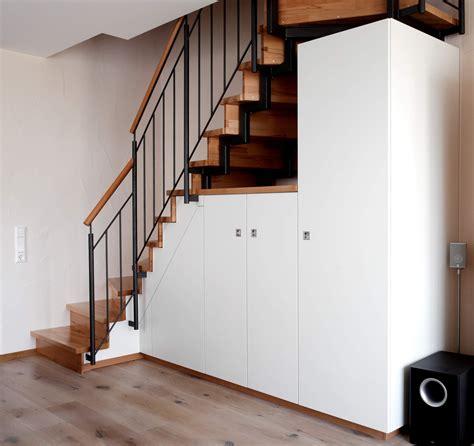 Einbauschrank Unter Der Treppe by Stauraum Unter Treppe Schreinerei Holzdesign Rapp