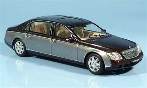Maybach 62 Car by Maybach 62 Lwb Gray Autoart Diecast Model Car 1 43