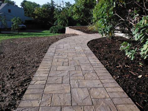 paver front walkway walk way pavers brick paver walkway brick paver edging interior designs artflyz com