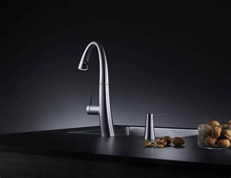 KWC ZOE: A Beautiful Kitchen Faucet with Light