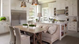 Kitchen Island With Table Seating 15 Traditional Style Eat In Kitchen Designs Home Design Lover