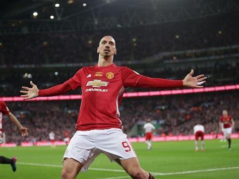 Manchester United Star Zlatan Ibrahimovic Wants Stay