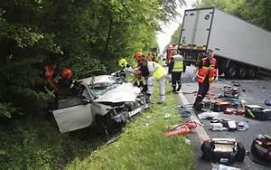 Accident Mortel A Paris Aujourd Hui : seine et marne dix huit morts en moins mais plus de bless s sur les routes en 2016 le parisien ~ Medecine-chirurgie-esthetiques.com Avis de Voitures
