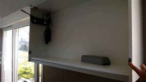 cuisine blum meuble haut à ouverture électrique blum