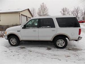 Purchase Used 1998 White Ford Expedition Eddie Bauer Sport