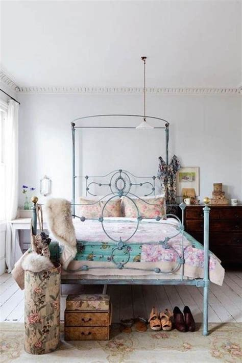 Eclectic Bedroom Designs That Will Give You Creative Ideas