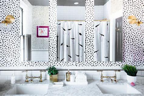 black  white bathroom  super white quartzite