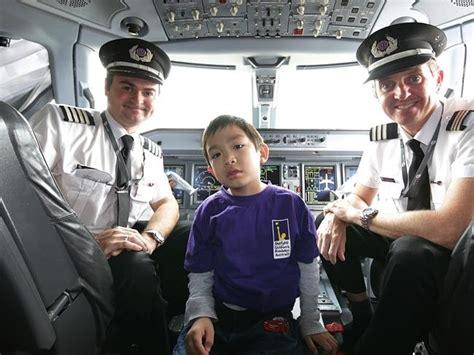 first woman to form australian women s pilot association virgin australia grants five year old s pilot wishes virgin