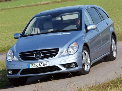 Bmw 5 Series Gt Vs. Mercedes-benz R350