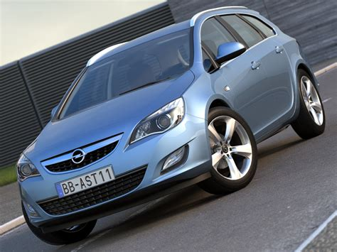 Opel Automobile Models by Opel Astra Sports Tourer 2011 3d Model Buy Opel Astra