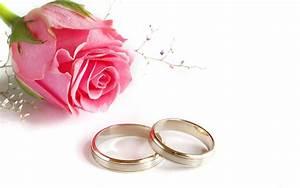 Cuscini per fedi nuziali con fiori : Guida per sposi il giorno perfetto tutta la vita