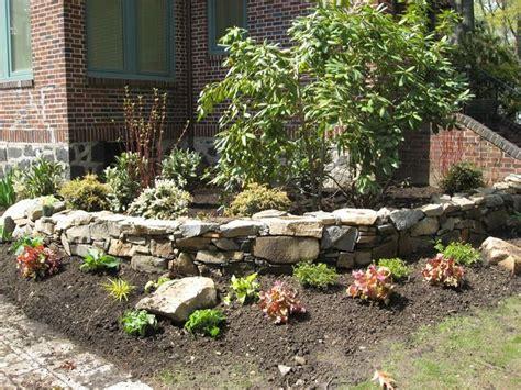 Muretti In Pietra Per Giardini by Costruire Un Muro In Pietra Muratura Come Costruire Un