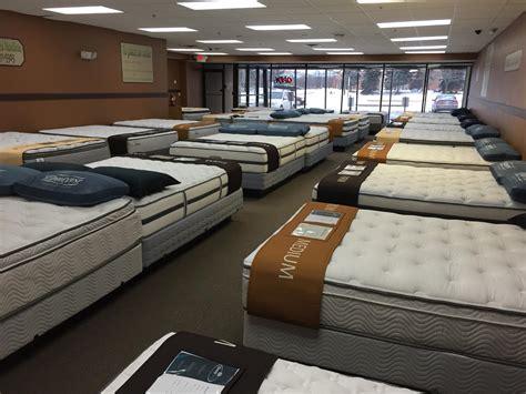 futon outlet milwaukee area mattress store tries quot employee free