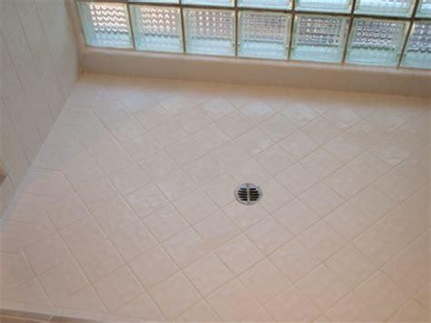 clean bathroom tile floor cleaning bathroom tile how to clean bathroom tile 17759