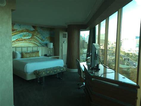 mandalay bay 2 bedroom suite photo9 jpg picture of mandalay bay resort casino las