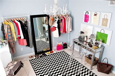 spare bedroom turned into a closet apartment makeover