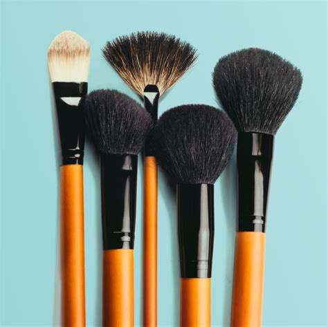 makeup brushes  flawless application