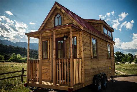 cabin on wheels 7 awesome log cabins on wheels log cabin hub