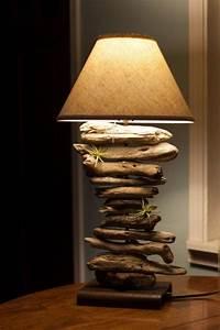 Stehlampe Aus Treibholz : basteln mit treibholz diy deko mit erinnerungen an den strandurlaub diy pinterest ~ Markanthonyermac.com Haus und Dekorationen