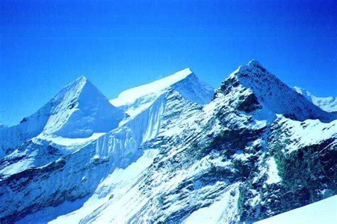 Himalaya, Alpinista Valdostano Cade In Un Crepaccio