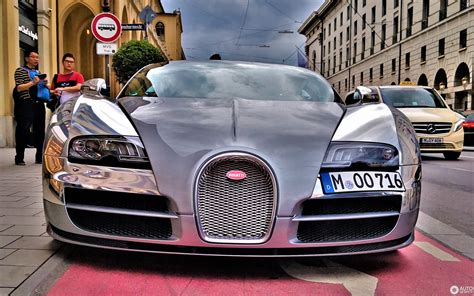 For the kind of 2019 bugatti veyron redesign, sometimes the design is changed simpler by removing the up part of the itself. Bugatti Veyron 16.4 Grand Sport Vitesse - 29 September 2019 - Autogespot