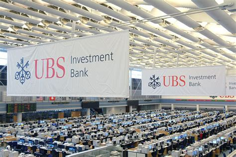 Ubs Trading Floor Stamford Ct by European Banks Slimming In Manhattan