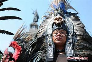 Aztec people commemorate their late leader (3) - People's ...