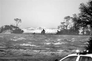 Florida Memory  U2022 Storm Surge During Hurricane Ivan U0026 39 S