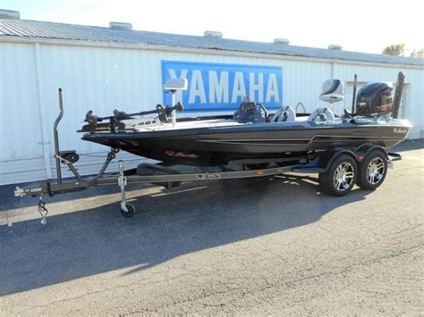 Blue Bass Cat Boats by 2017 Bass Cat Boats Eyra Clarksville In For Sale 47129
