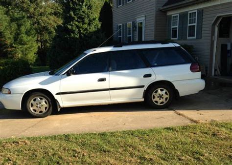 subaru awd wagon find used 1995 subaru legacy l awd wagon 4 door 2 2l in