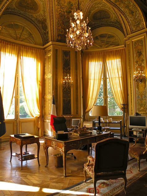 bureau du premier ministre liste des monuments historiques du 7e arrondissement de