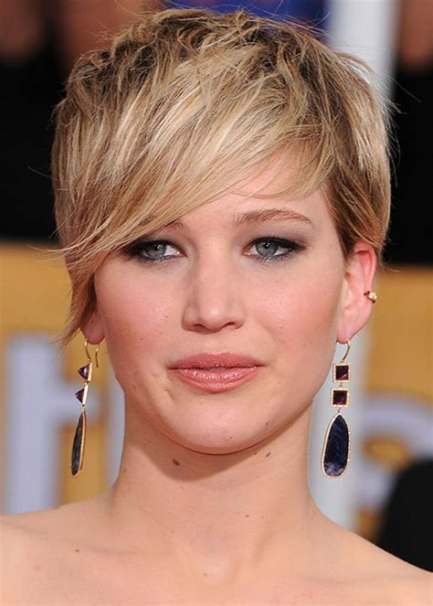 How To Cut Pixie Hairstyle by How To Style A Pixie Cut Best Pixie Cut Hairstyles