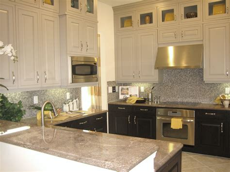 Two Tone Kitchen Cabinets Color Pick For Contrast Renewal
