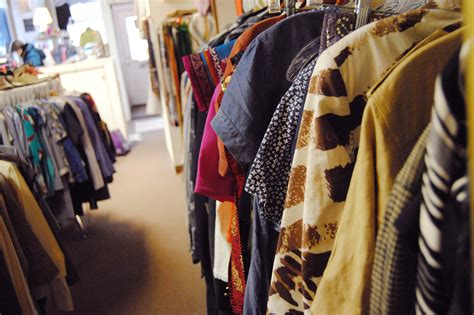 Encore Resale Clothing | Shopping in Hyde Park, Chicago