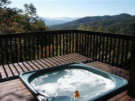 Log Cabin Tub by Beautiful Log Cabin Setting Wifi Vrbo