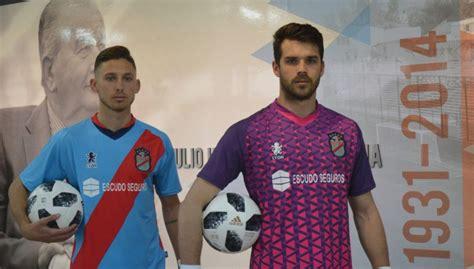 Novas camisas do Arsenal de Sarandí 2018-2019 Lyon ...