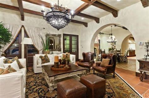 Mediterranean Living Room Mediterranean Living Room Design