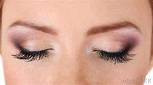 What are the Uses of Clear Mascara? (with pictures)